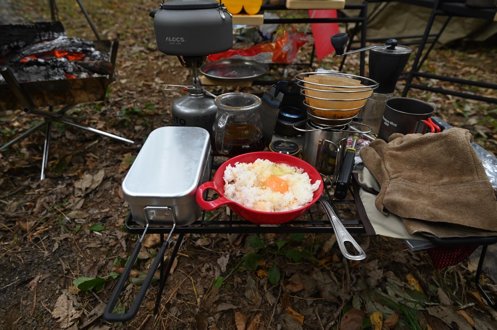 キャンプで卵かけご飯
