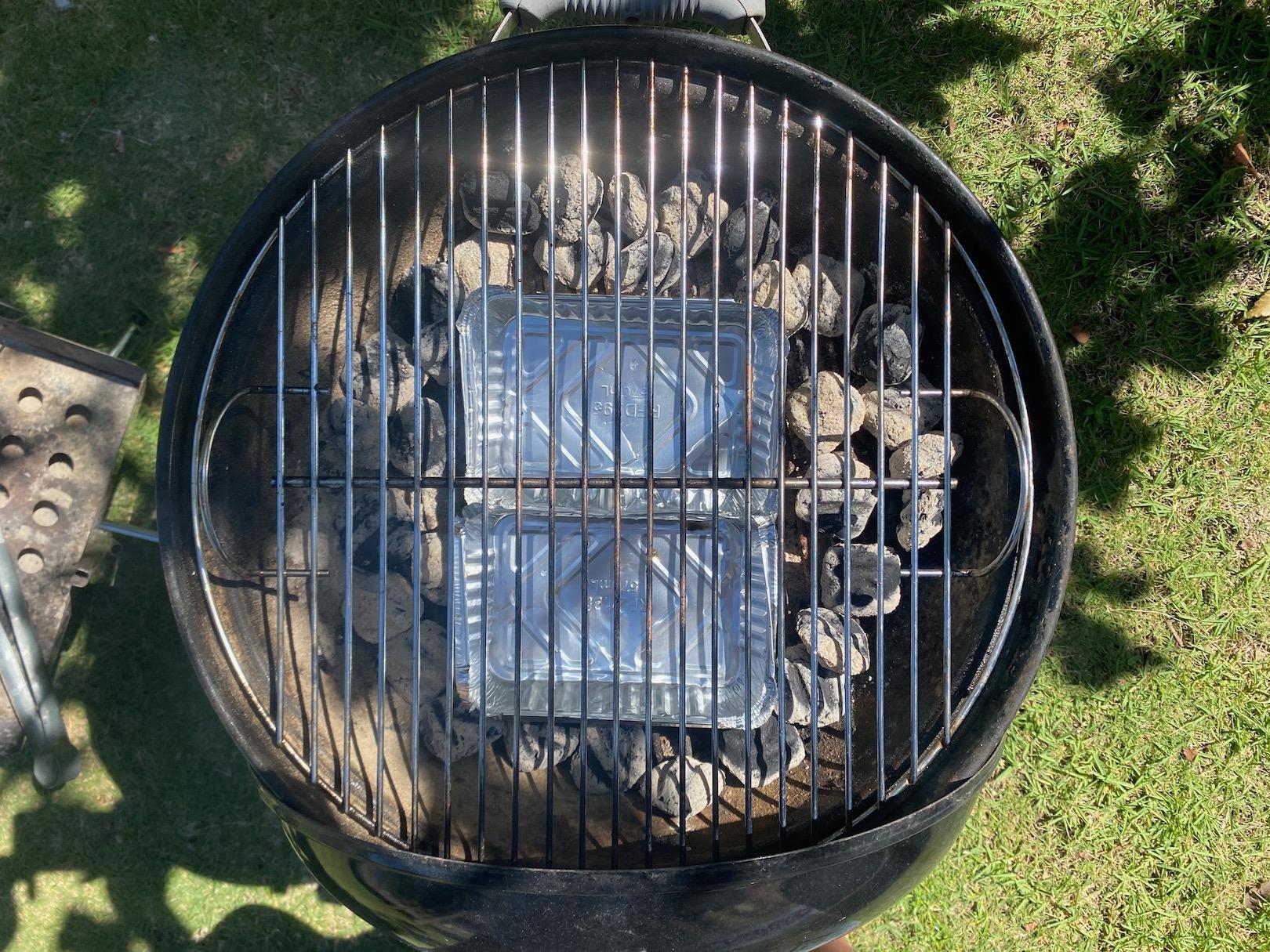 グリル内の炭の配置